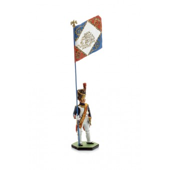 Dismounted soldier figurine with a flag